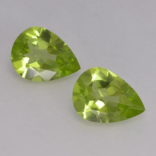 1ct Pear Facet Lively Green Peridot Gem (ID: 526137)