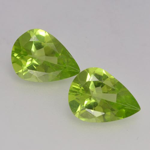 1ct Pear Facet Lively Green Peridot Gem (ID: 526140)
