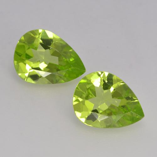 Lively Green Peridot Gem - 1ct Pear Facet (ID: 526141)