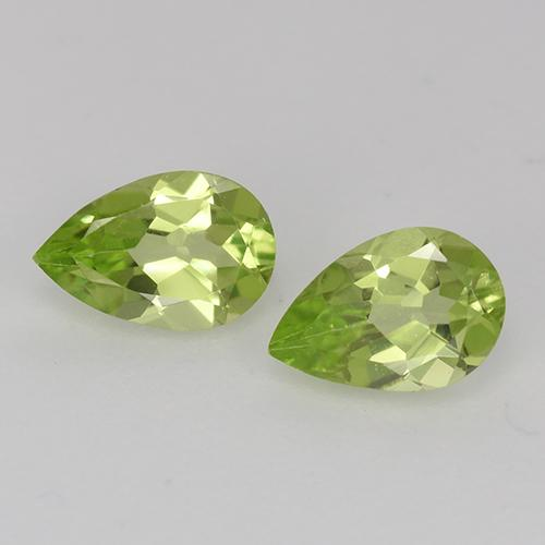 0.4ct Pear Facet Light Lively Green Peridot Gem (ID: 526761)