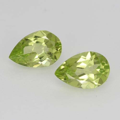 0.4ct Pear Facet Light Lively Green Peridot Gem (ID: 526771)