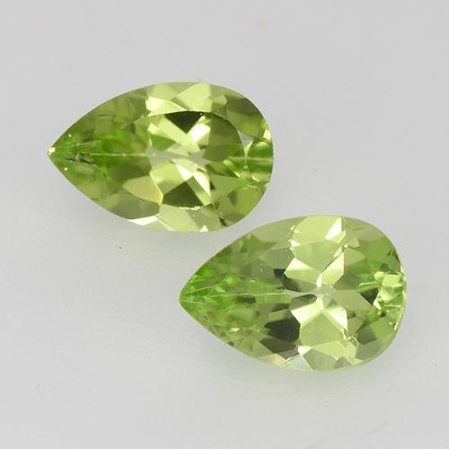 0.5ct Pear Facet Light Lively Green Peridot Gem (ID: 527845)