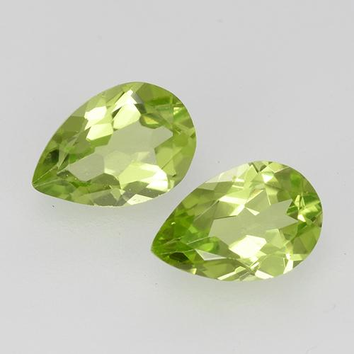 0.4ct Pear Facet Light Lively Green Peridot Gem (ID: 527846)