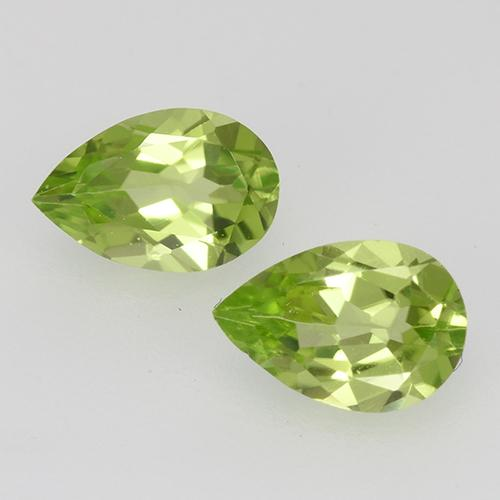 0.4ct Pear Facet Lively Green Peridot Gem (ID: 527848)