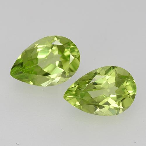 Medium Green Peridot Gem - 0.5ct Pear Facet (ID: 527850)