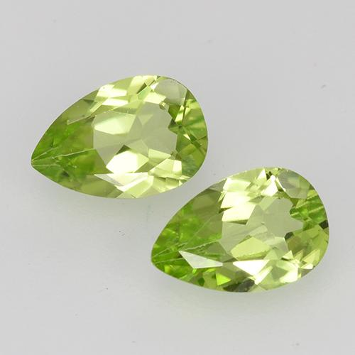 0.4ct Pear Facet Light Lively Green Peridot Gem (ID: 527851)