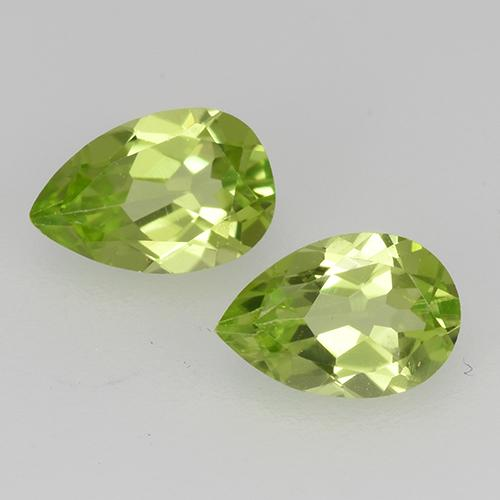 0.5ct Pear Facet Lively Green Peridot Gem (ID: 527852)