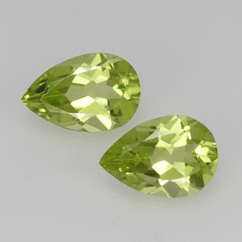 0.4ct Pear Facet Lively Green Peridot Gem (ID: 527854)