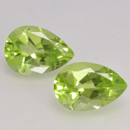 0.4ct Pear Facet Lively Green Peridot Gem (ID: 532375)