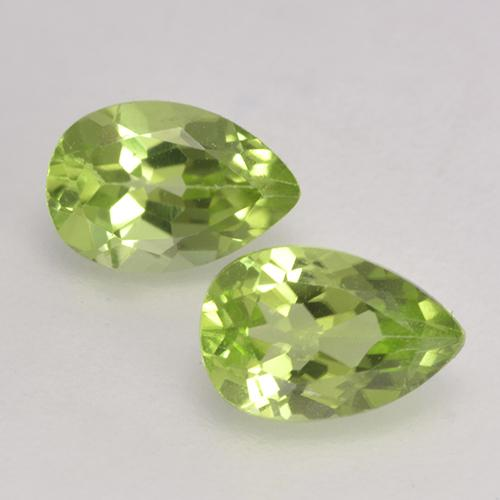 Light Lively Green Peridot Gem - 0.5ct Pear Facet (ID: 532378)