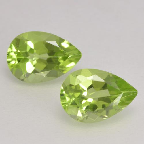 0.4ct Pear Facet Light Lively Green Peridot Gem (ID: 532381)