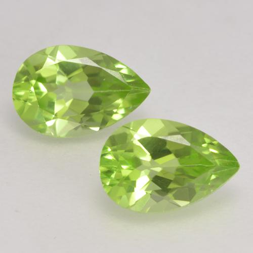 0.5ct Pear Facet Light Lively Green Peridot Gem (ID: 532382)