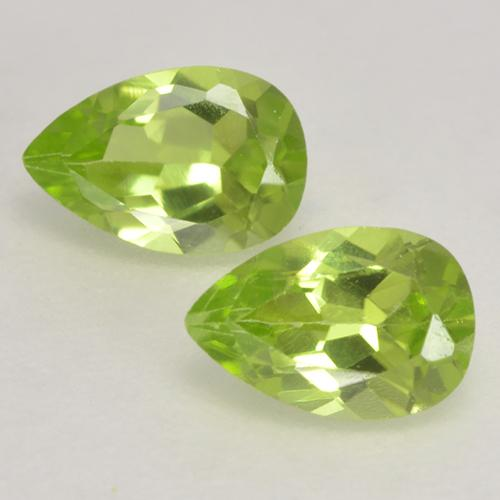 0.4ct Pear Facet Light Lively Green Peridot Gem (ID: 533148)