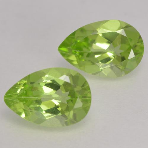 0.5ct Pear Facet Light Lively Green Peridot Gem (ID: 533155)