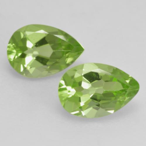 0.4ct Pear Facet Lively Green Peridot Gem (ID: 533361)