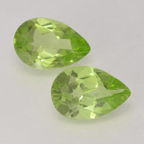 0.4ct Pear Facet Lively Green Peridot Gem (ID: 533364)