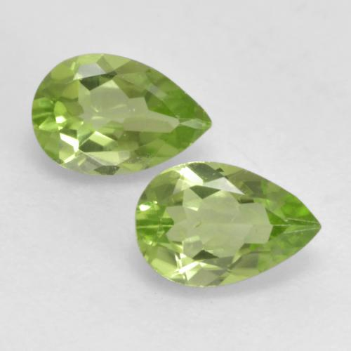 0.4ct Pear Facet Light Lively Green Peridot Gem (ID: 533365)
