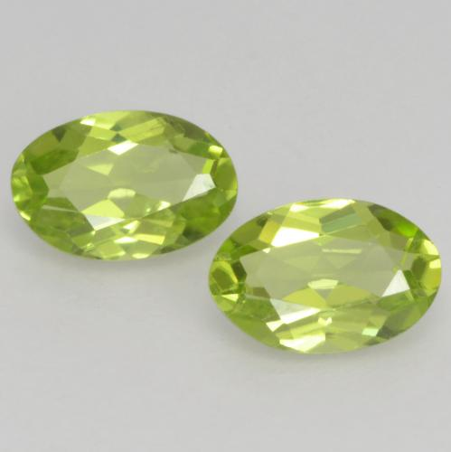Lively Yellowish Green Peridot Gem - 0.5ct Oval Facet (ID: 537881)