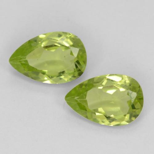 Lively Green Peridot Gem - 0.5ct Pear Facet (ID: 540632)