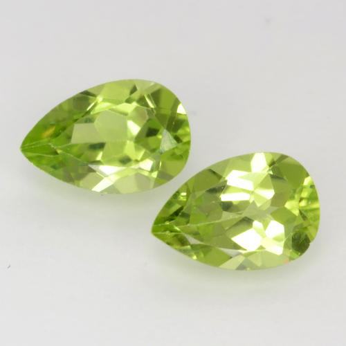 Lively Green Peridot Gem - 0.5ct Pear Facet (ID: 543741)