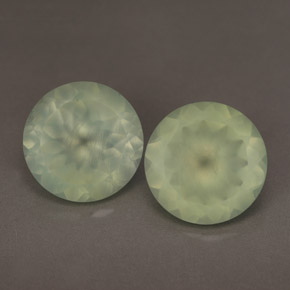Buy 11.40ct Green Prehnite 12.01mm  from GemSelect (Product ID: 243789)