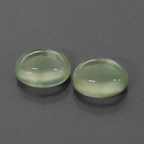 Buy 4.43ct Green Prehnite 9.02mm x 7.13mm from GemSelect (Product ID: 264853)