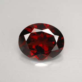 Buy 2.82 ct Deep Red Pyrope Garnet 9.82 mm x 8 mm from GemSelect (Product ID: 267288)