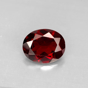 Buy 3.09 ct Deep Red Pyrope Garnet 9.99 mm x 8.1 mm from GemSelect (Product ID: 281332)