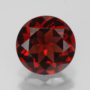 Buy 3.08 ct Deep Red Pyrope Garnet 9.05 mm  from GemSelect (Product ID: 308456)