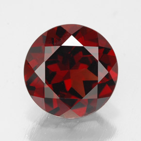 Buy 3.01 ct Deep Red Pyrope Garnet 9.01 mm  from GemSelect (Product ID: 308468)