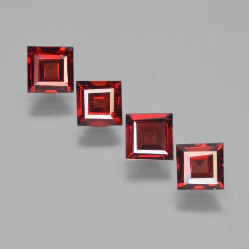 Dark Red Pyrope Garnet Gem - 0.7ct Square Facet (ID: 450143)