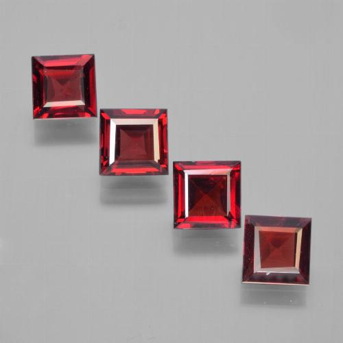 Red Pyrope Garnet Gem - 0.7ct Square Facet (ID: 450144)
