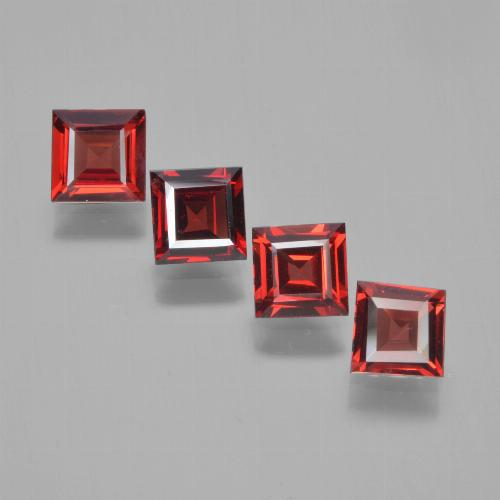 Red Pyrope Garnet Gem - 0.6ct Square Facet (ID: 450148)