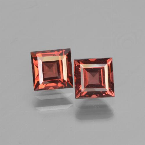 Red Pyrope Garnet Gem - 0.9ct Square Step-Cut (ID: 450925)