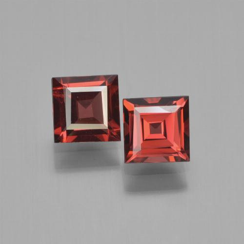 Red Pyrope Garnet Gem - 0.8ct Square Step-Cut (ID: 450929)