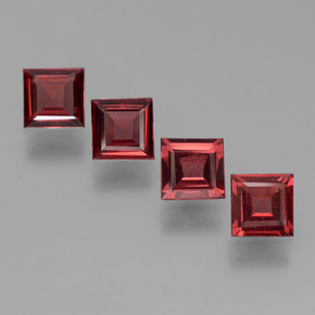 Deep Blood Red Pyrope Garnet Gem - 0.6ct Square Step-Cut (ID: 450935)
