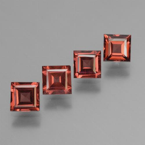 Scarlet Red Pyrope Garnet Gem - 0.7ct Square Step-Cut (ID: 450982)