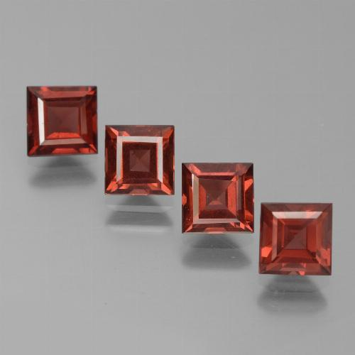 Red Pyrope Garnet Gem - 0.8ct Square Step-Cut (ID: 450989)
