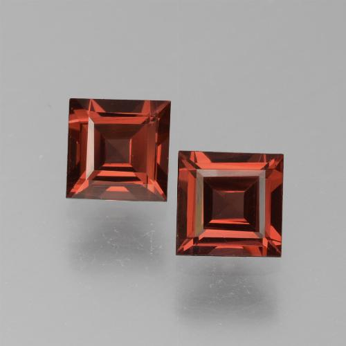 Red Pyrope Garnet Gem - 0.7ct Square Step-Cut (ID: 451022)