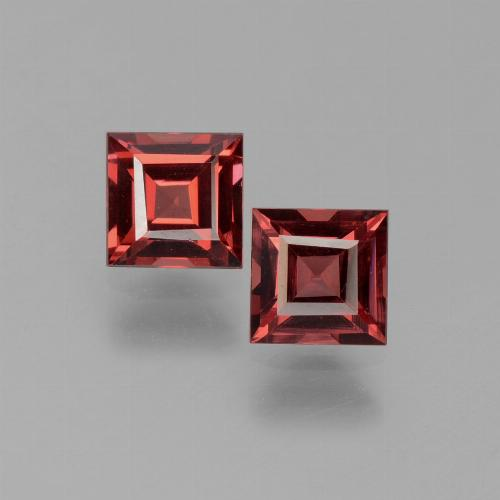 Red Pyrope Garnet Gem - 0.8ct Square Step-Cut (ID: 451040)