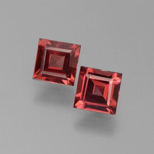 Dark Red Pyrope Garnet Gem - 0.7ct Square Step-Cut (ID: 451044)