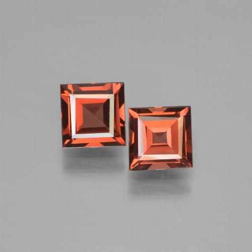Scarlet Red Pyrope Garnet Gem - 0.8ct Square Step-Cut (ID: 451052)