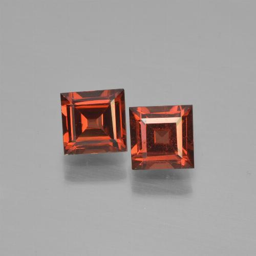 Currant Red Pyrope Garnet Gem - 0.8ct Square Step-Cut (ID: 451059)