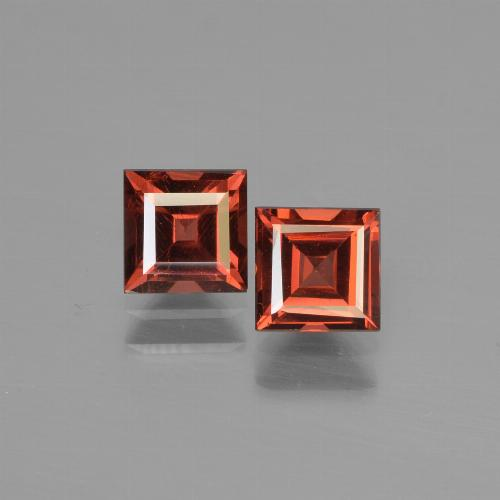 Red Pyrope Garnet Gem - 0.8ct Square Step-Cut (ID: 451060)