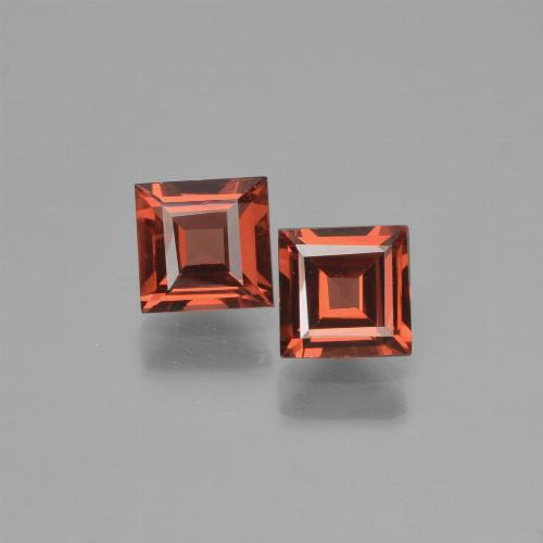Red Pyrope Garnet Gem - 0.7ct Square Step-Cut (ID: 451084)