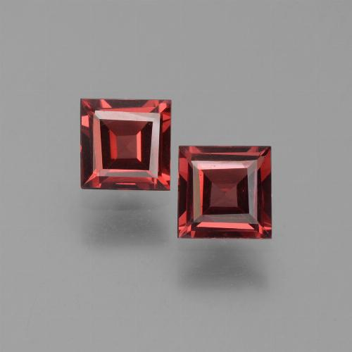 Red Pyrope Garnet Gem - 0.7ct Square Step-Cut (ID: 451087)