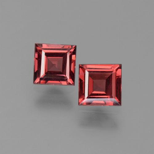 Red Pyrope Garnet Gem - 0.7ct Square Step-Cut (ID: 451094)