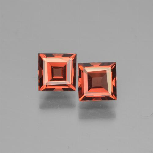 Medium Red Pyrope Garnet Gem - 0.8ct Square Step-Cut (ID: 451100)