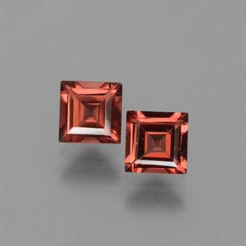 Red Pyrope Garnet Gem - 0.9ct Square Step-Cut (ID: 451140)