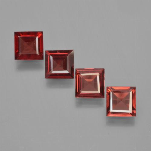Red Pyrope Garnet Gem - 0.6ct Square Step-Cut (ID: 451168)